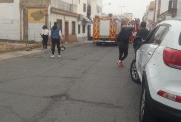 Sale ardiendo el cableado de un edificio en Isla Cristina