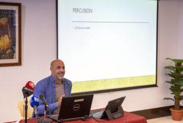 El compositor onubense David Macías ofrece una conferencia en Isla Cristina