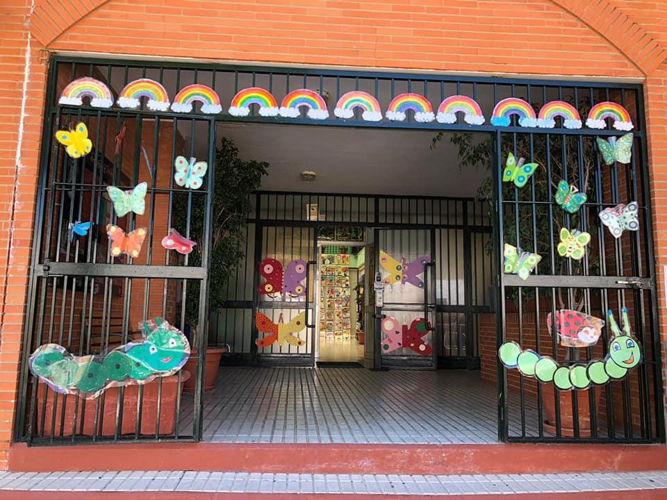 La PRIMAVERA llegó a los Centros educativos de Isla Cristina para llenarlos de ilusión y alegría