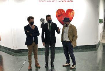 El 'espíritu inquieto' de Víctor Pulido llena de arte la sala de exposiciones en Huelva de Fundación Caja Rural del Sur