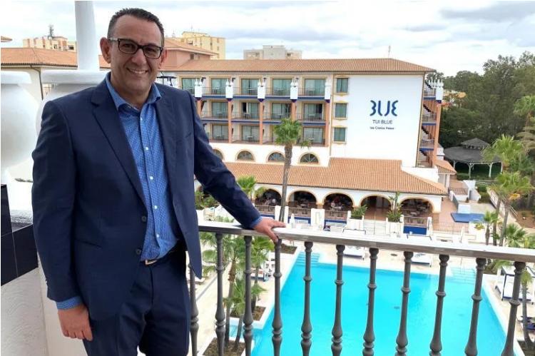 Se busca cliente para cobrar 4.000 euros por vivir en un hotel de Isla Cristina