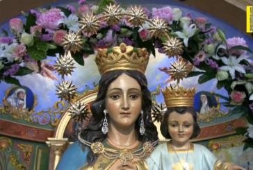 Ofrenda de flores en honor a María Auxiliadora en sus Fiestas Patronales -Pozo del Camino.