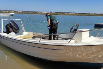 Intervienen más de 1.000 kilos de hachís y una embarcación en la ría Carreras de Isla Cristina