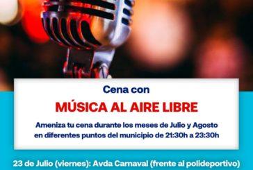 Cena con música al aire libre en Isla Cristina