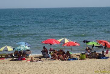Alcaldes costeros de Huelva, dispuestos ante las nuevas restricciones, pero piden