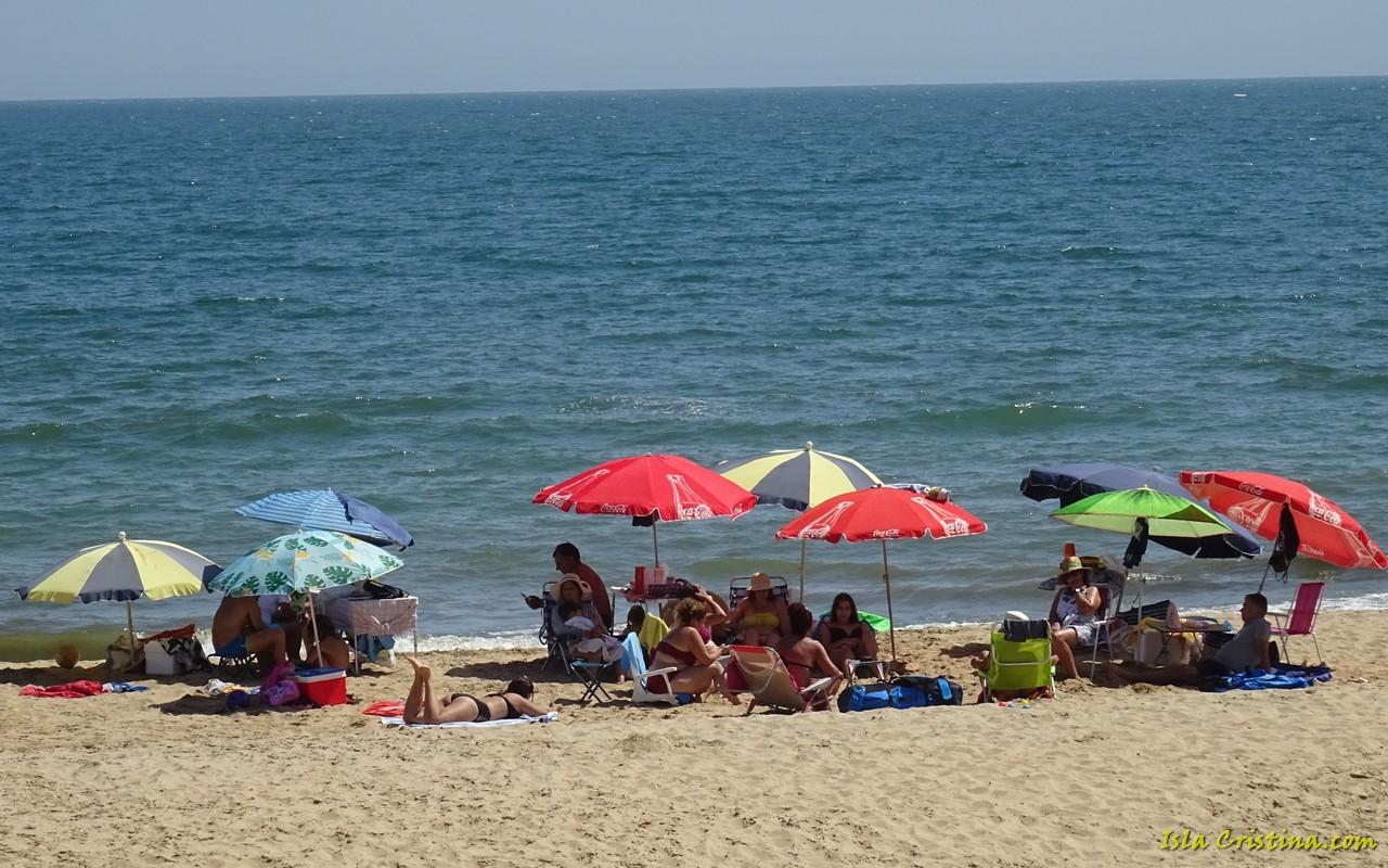 Alcaldes costeros de Huelva, dispuestos ante las nuevas restricciones, pero piden «más financiación»