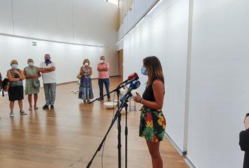 La artista sevillana Raquel Eidem muestra en Isla Cristina sus últimos trabajos
