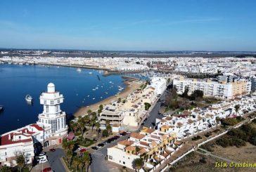 La Junta de Andalucía aísla a un menor de un instituto de Isla Cristina por no querer llevar mascarilla