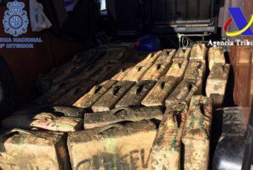 Tres años de cárcel tras ser sorprendidos transportando 2.970 kilos de hachís
