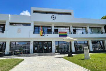Isla Cristina se suma a las concentraciones contras las agresiones al colectivo LGTBI