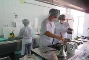 Un total de 15 empresas facilitan prácticas profesionales a alumnos de la Escuela de Hostelería de Islantilla