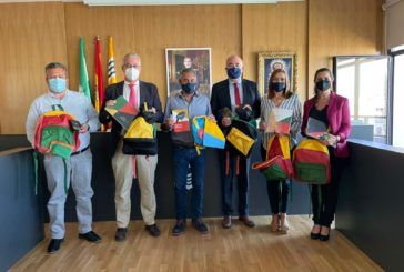 El Ayuntamiento isleño entregará 211 kits escolares donados por la Fundación la Caixa a familias vulnerables