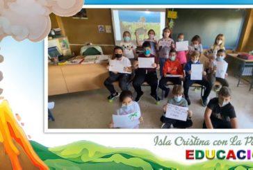 La Comunidad Educativa de Isla Cristina muestra su apoyo a los escolares de la Isla de la Palma a través de un vídeo