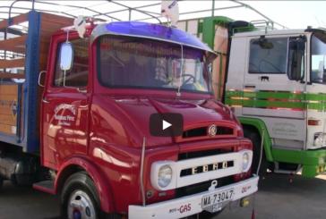 Concentración en Isla Cristina de Coches Clásicos, Camiones y Motos